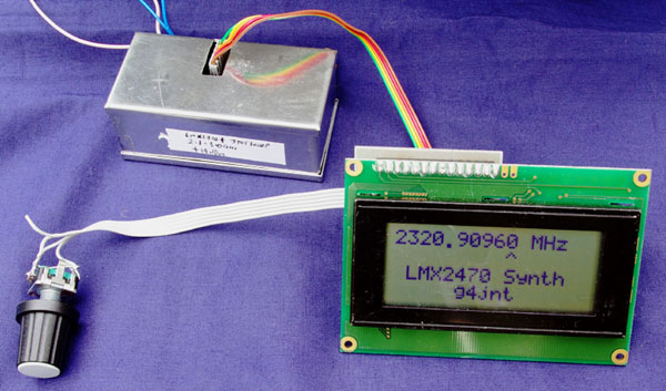 Tuning control for LMX2470 and LMX2541
